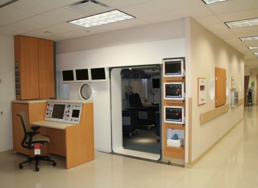 Double Lock Hyperbaric Chambers